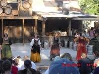 (Sirens) Some wenches putting on a very good musical show!