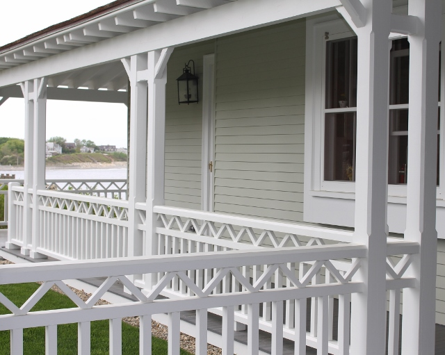 Large wrap-around porch built by Handrahan Remodeling