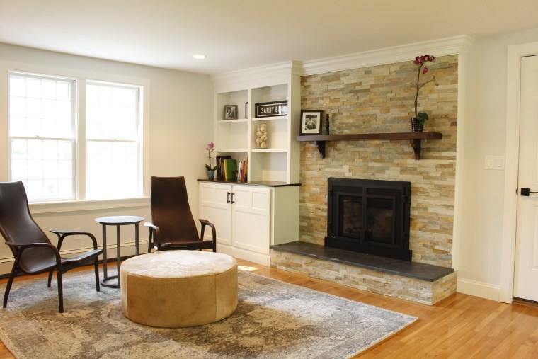 Handrahan Remodeling crafts a custom built-in for this home remodel