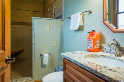 handsimprovements-bathrooms-1-2