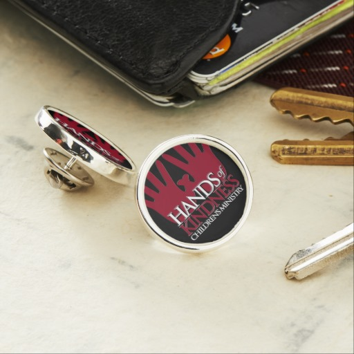 hands_of_kindness_lapel_pin-r59d74d361cb14b208195319e71e8641a_jzq4a_512