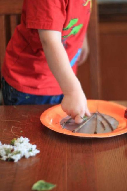 Contact paper makes this an easy craft for toddlers.