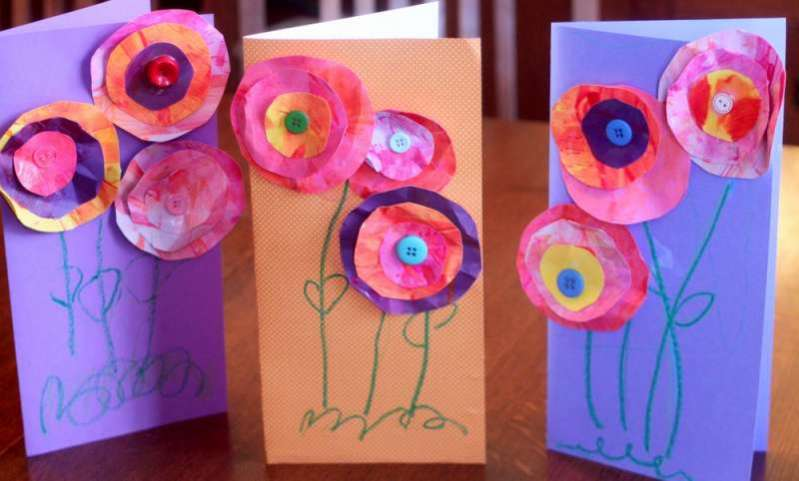 Little ones' handwritten messages on the back wi. Preschool Crafts For Kids Mother S Day Paper Flowers Card Craft