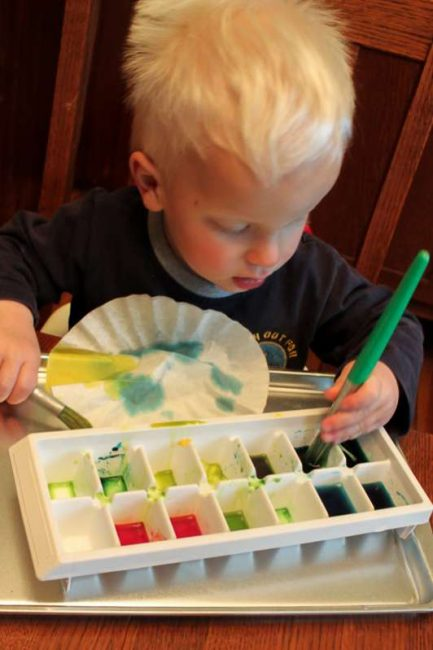 Make coffee filters flowers for Mother's Day! Your kids will love this cool, creative painting activity!