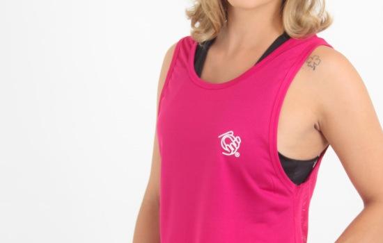 Regata Esportiva Feminina é a peça ideal para proporcionar agilidade