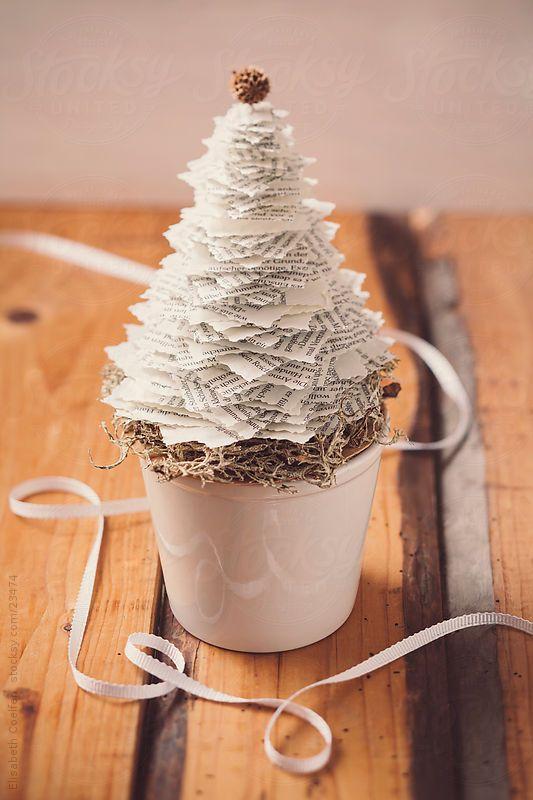 DIY Paper Christmas Tree Decoration Handspire