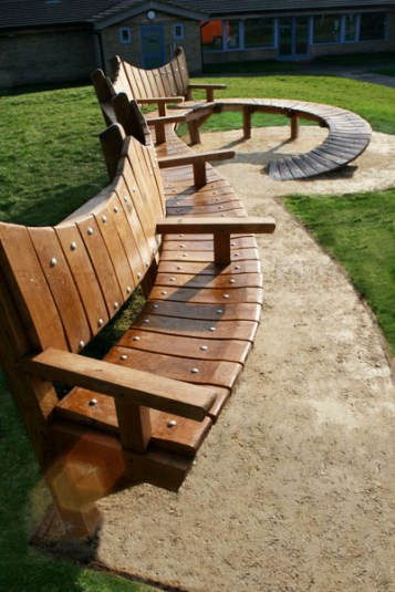 Curved bench