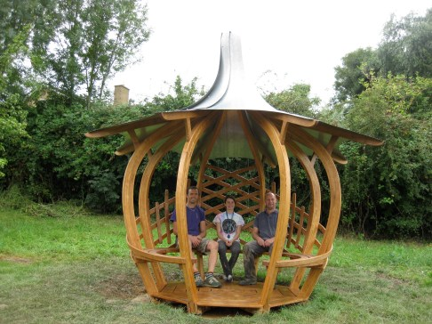 Laced Onion Shelter - installation team