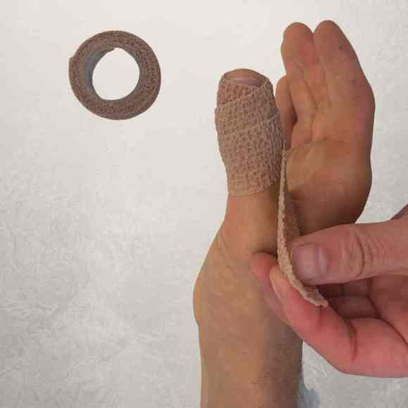 hand therapy swelling treatment