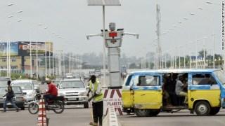 Robot cops rule in Kinshasa!