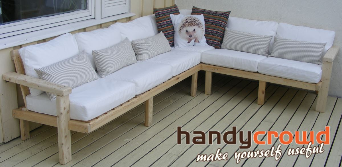 Outdoor Sofa Made Out Of Pallet Wood