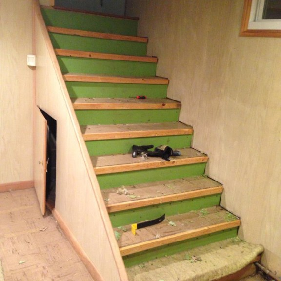 The original staircase before installing the floating stairs
