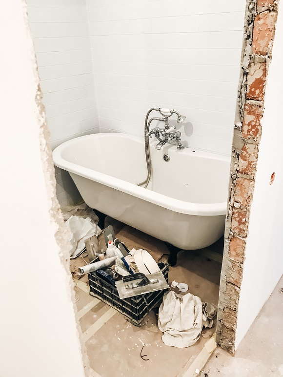 How to resurface your bathroom