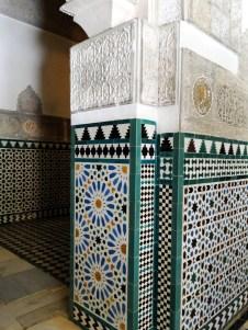 Seville Alcazar: Pillar with geometric design