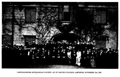 Cymdeithas Hynafiaethwyr Sir Aberteifi - Yng Ngholeg Dewi Sant, Llanbedr Pont Steffan 3 Tachwedd 1909