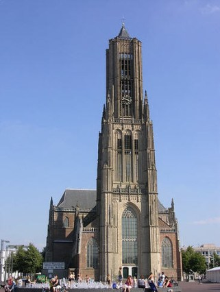 eusebiuskerk-arnhem-flickr-bezienswaardighe-2(p location,1915)(c 0)