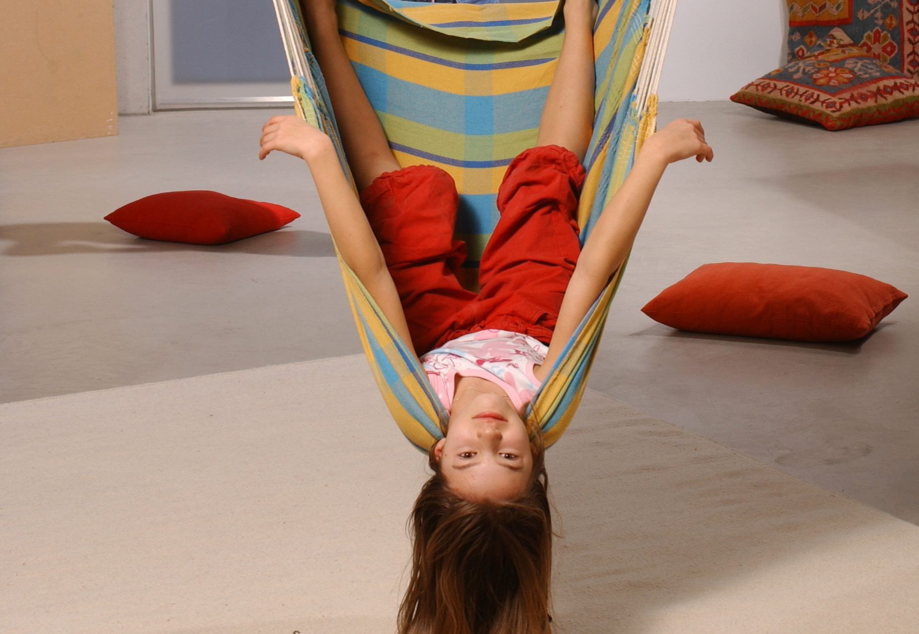 Kids Hanging Chair 7 Reasons To Hang A Hanging Chair In Kid 39s Room