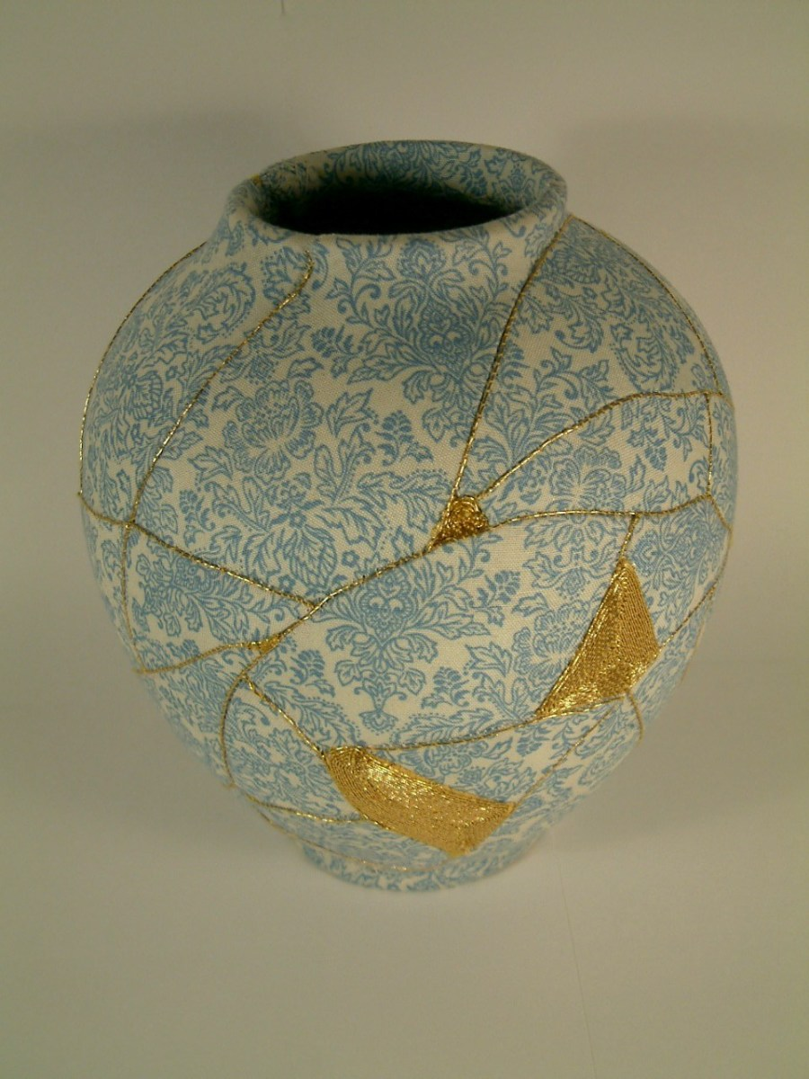 Kintsugi Vases Hanging Thread