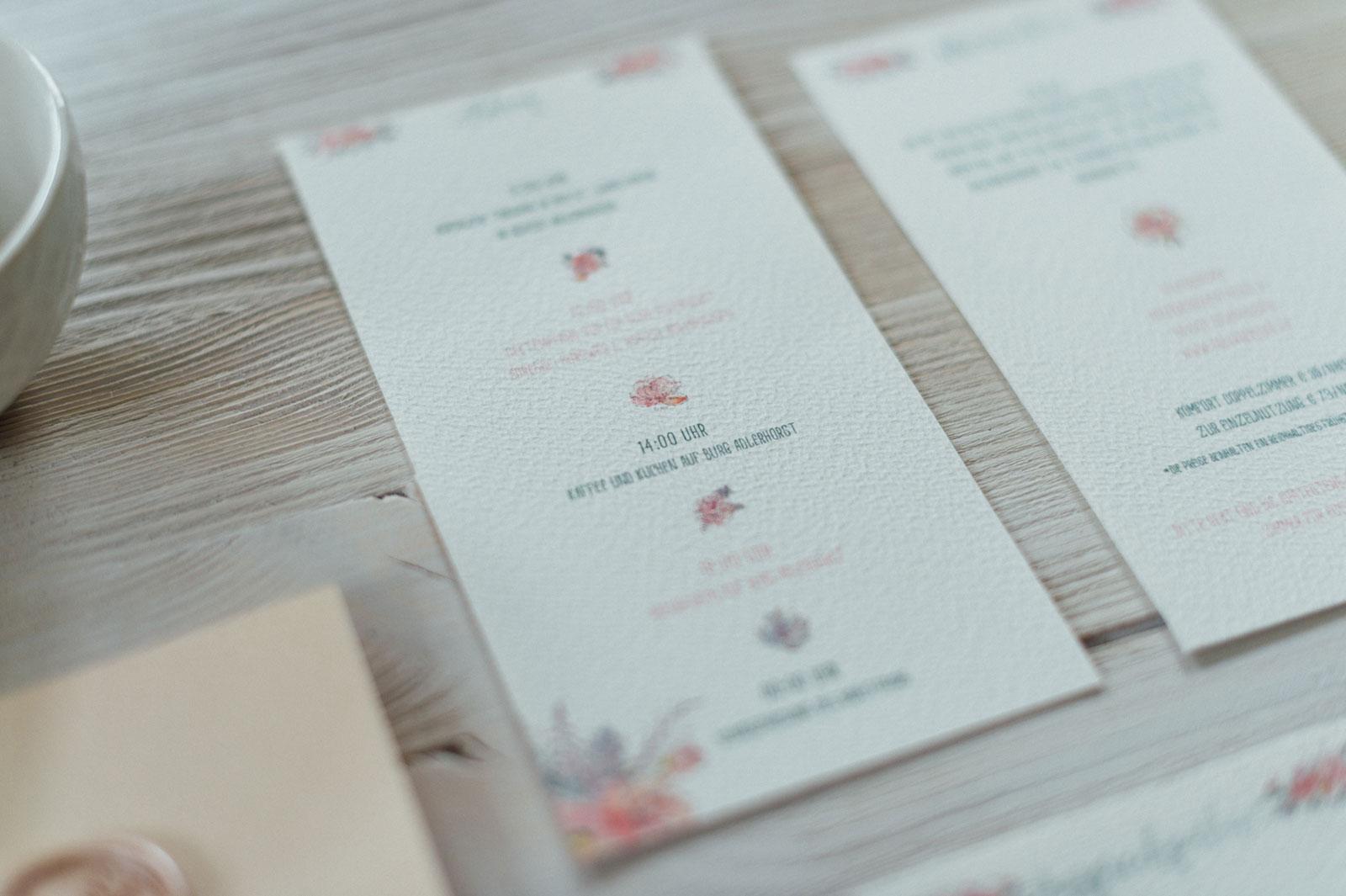 Frhlingsblumen Einladungskarten zur Hochzeit mit Wachs