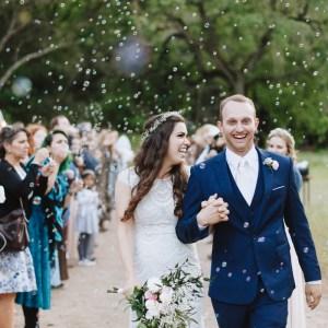 hollister caifornia wedding - bubble exit