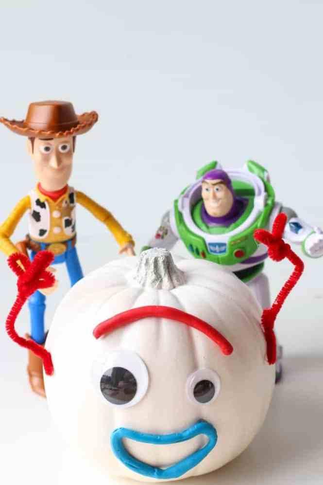 Forky Toy Story 4 pumpkin idea