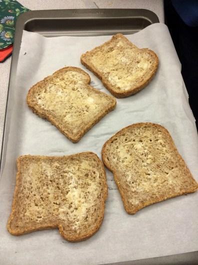 garlic-bread-01