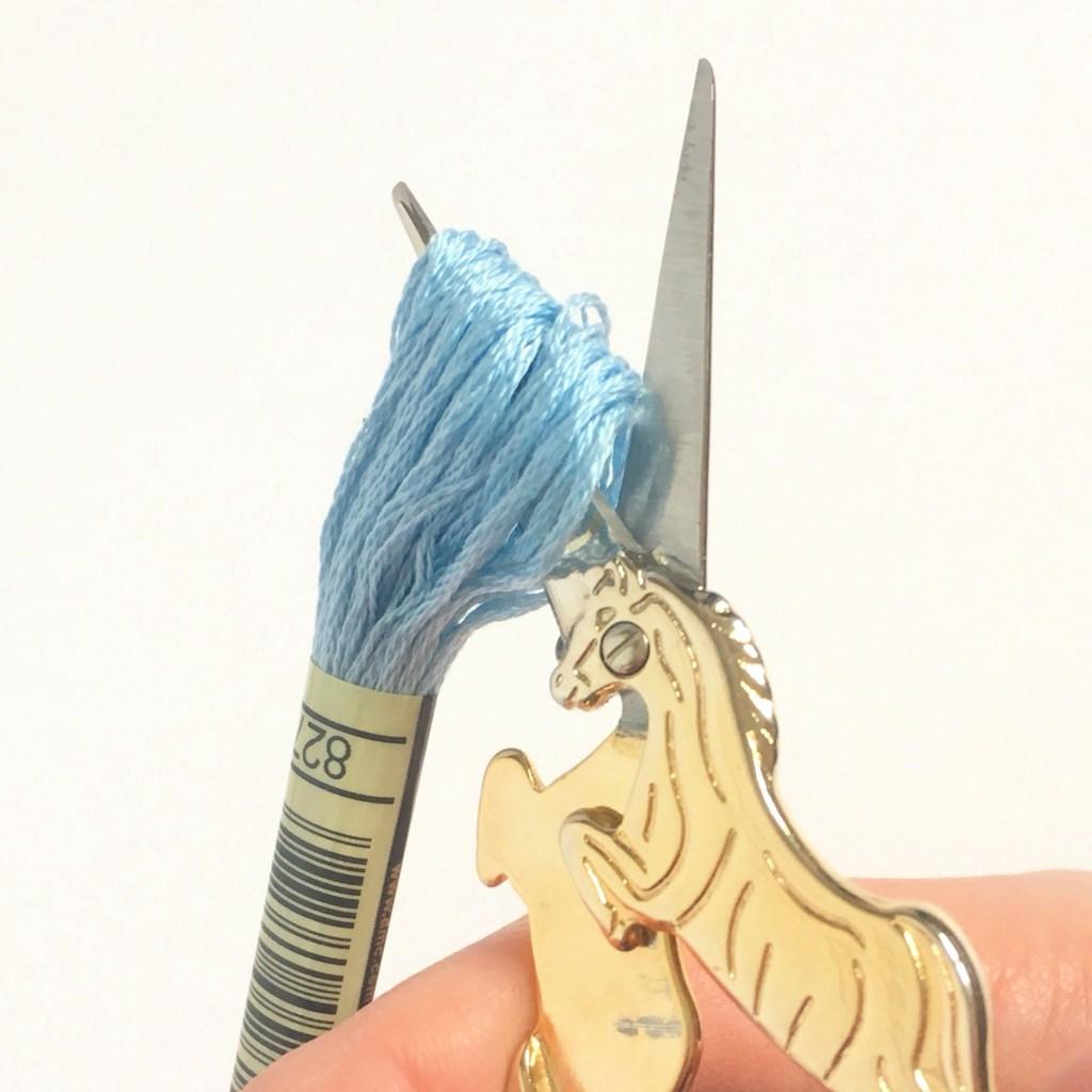 embroidery-scissors-cutting-thread