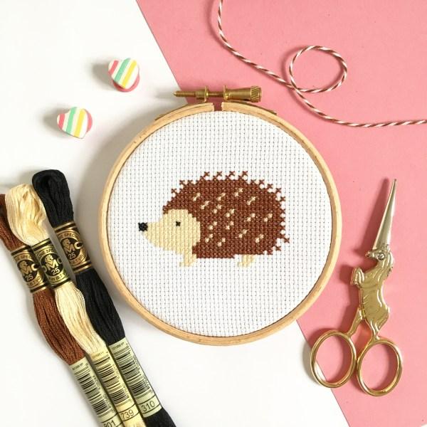 hedgehog-cross-stitch-hoop