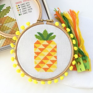 pineappple-cross-stitch-kit-hoop