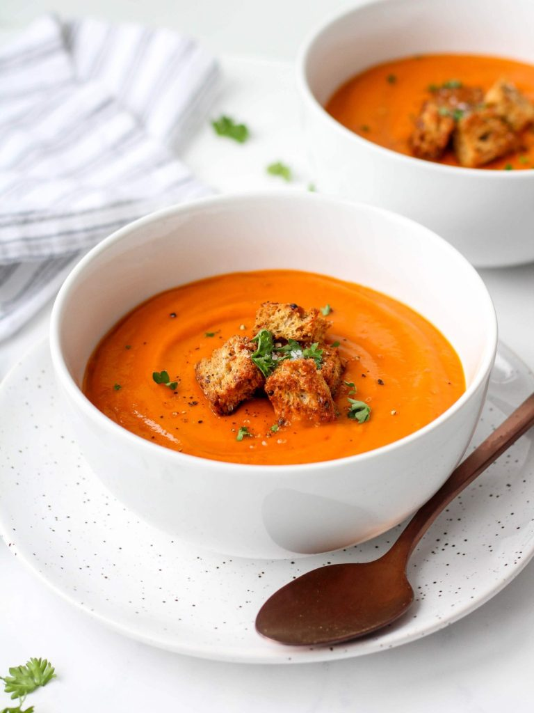 This creamy tomato basil soup is packed with flavour and nutrition. The secret ingredient (white beans!) provides a creamy consistency while adding protein and fibre, making this soup a satisfying and healthy meal! If you want extra, serve with easy homemade croutons for added crunch!