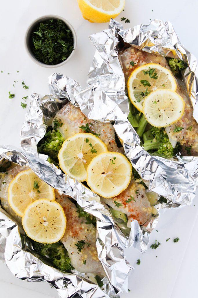 How to make lemon butter foil packet fish