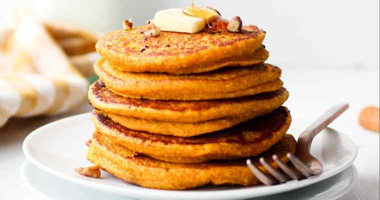 Oatmeal Pumpkin Pancakes (in the blender!)
