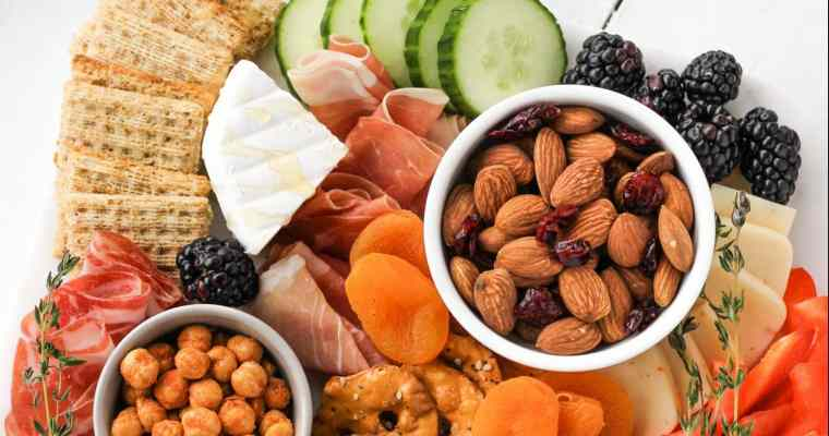 How to Build the Ultimate Snack Board