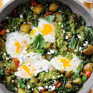 Pesto eggs are trending! This Pesto Eggs & Potato Skillet is makes a quick, easy, and healthy one-pan meal for any time of the day. The best part? You'll only have one dish to clean afterwards!