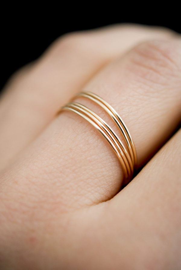 ultra thin smooth set of 5 rings in gold