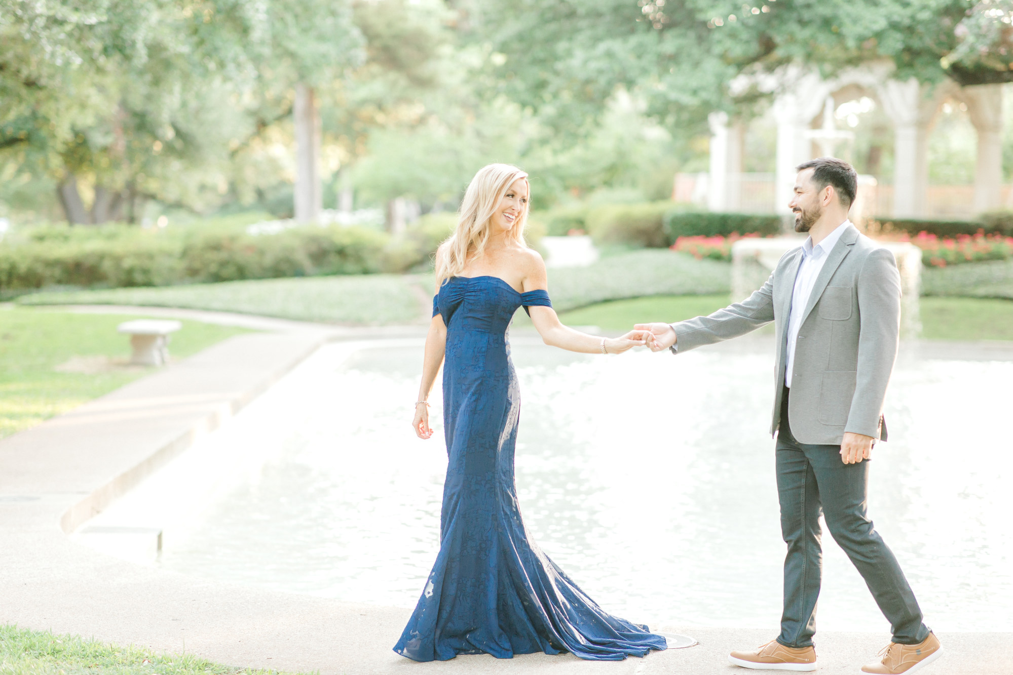 Hannah Way Photography, Dallas wedding photographer, engagement photos, dfw engagements, engaged, Dallas engagement session, wedding photographer, luxury wedding photographer, luxury engagement session, highland park, Prather park, dallas