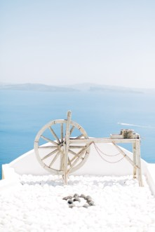 Santorini-wedding-day-portrait-photoshoot0085