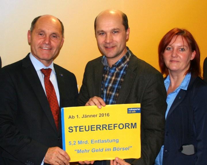 Steuerreform_Bezirk Amstetten_Dezember 2015-1
