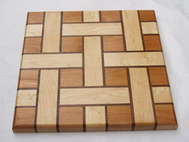 Basket weave serving tray