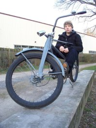 hannovercyclechic choppertraum in blaugrau