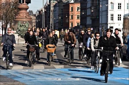 hannovercyclechic radfahrer ohne helm in copenhagen 1