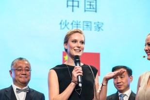 Auch Germany's Next Topmodel 2016, Kin Hnizdo, stattete der Gala einen Besuch ab.