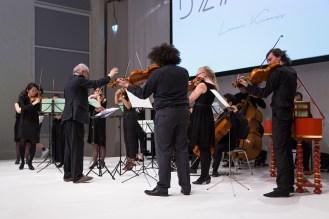 Das Kammermusik-Ensemble der Musikhochschule Hannover spielte live zu einigen Defilees.