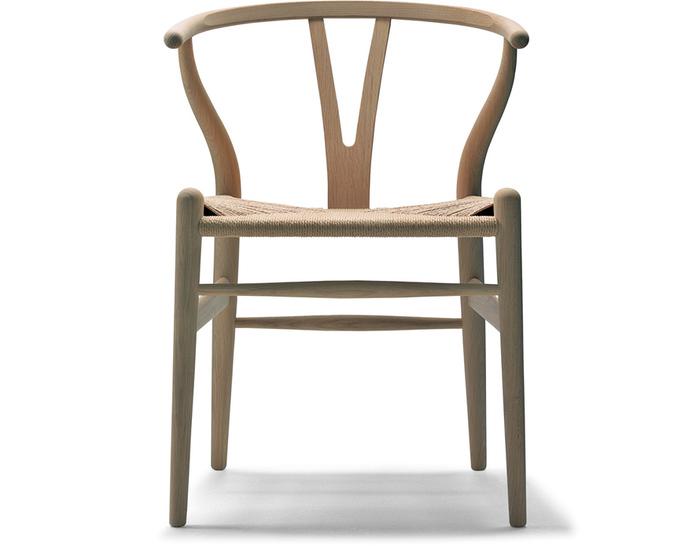 ch24-wishbone-chair-wood-hans-wegner-carl-hansen-and-son-1
