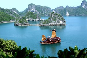 Ha Long Bay Cruise 2 Days Rosa Cruise