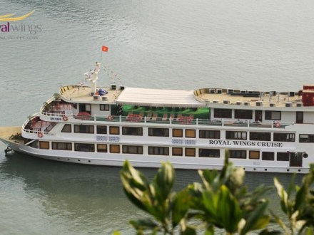 Halong Bay Tour Package Royal Wings