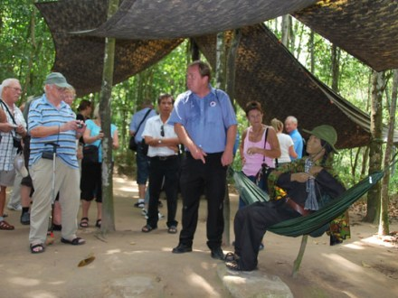 Sai Gon City Tour Cu Chi Tunnels
