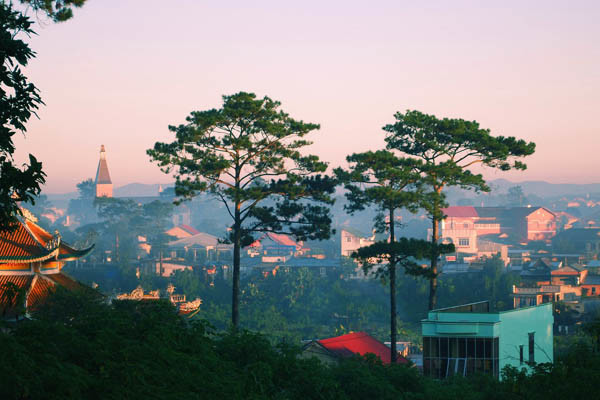 Da Lat Vietnam Most Romantic City (6)