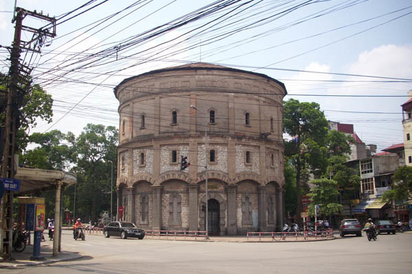 travel hanoi hang dau water tower