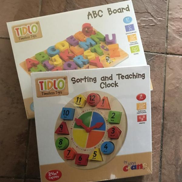 Baby-and-play-abc-board-teaching-clock